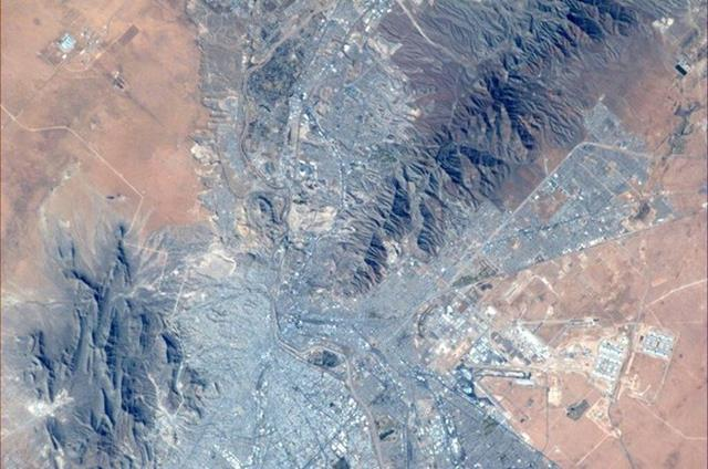 Step down memory lane. El Paso TX is where I played my last college football game in 1991-can u find the stadium? (Photo & Caption: Mike Hopkins, NASA)