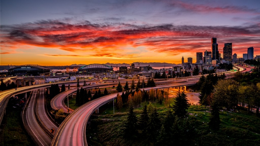 Photos: Jaw-dropping sunset fills Seattle-area skies