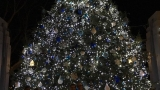 Holiday season kicks off with Jefferson City Mayor's Christmas Tree Lighting