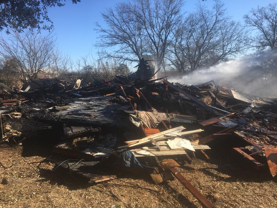 One person was burned in a fire Monday morning that destroyed a house in Breckenridge. (Courtesy: Breckenridge Fire Department)<p></p>