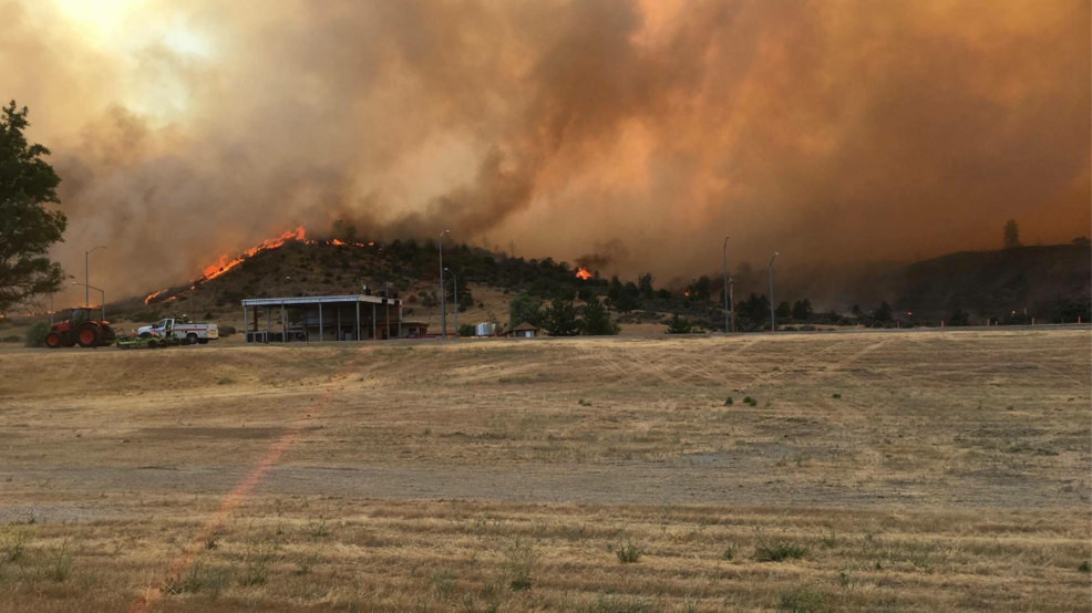 Update Some More Evacuation Orders Lifted For Klamathon Fire Krcr