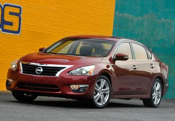 Nissan to fix suspensions on about 200K Altima midsize cars