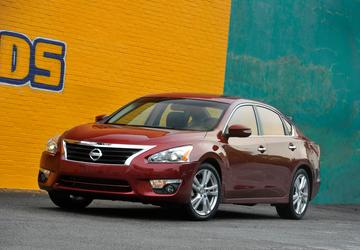 US probing suspension part failures in 2013 Nissan Altimas