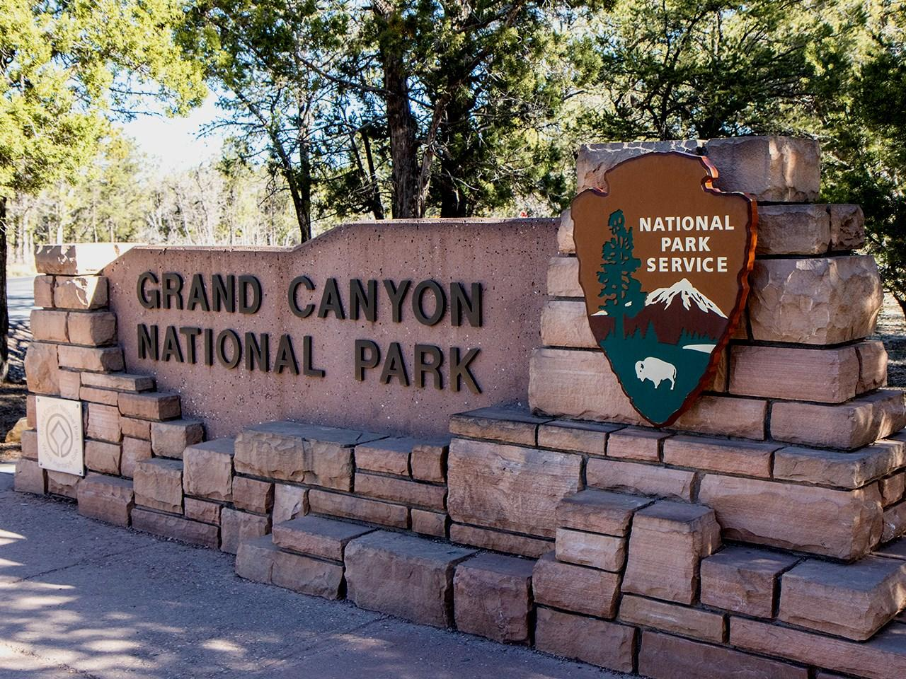 Crews search for hikers swept away in Grand Canyon creek  (Photo: MGN Online)