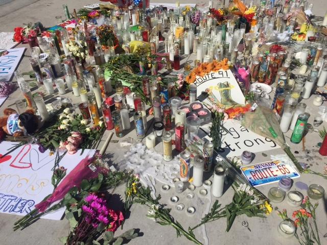 A memorial created at Las Vegas Boulevard, Sahara (Faith Jessie, News 3)<p></p>