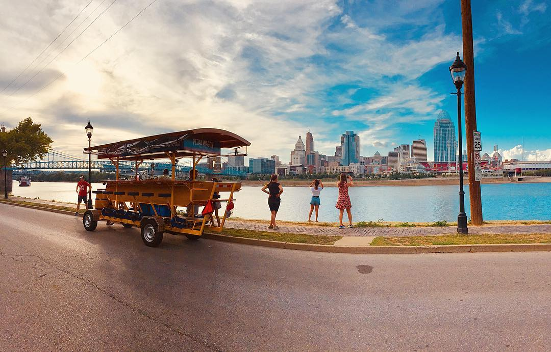 Snapping a pic of the Cincy skyline from the Licking River Historic District / Image: Leah Zipperstein, Cincinnati Refined // Published: 6.23.18