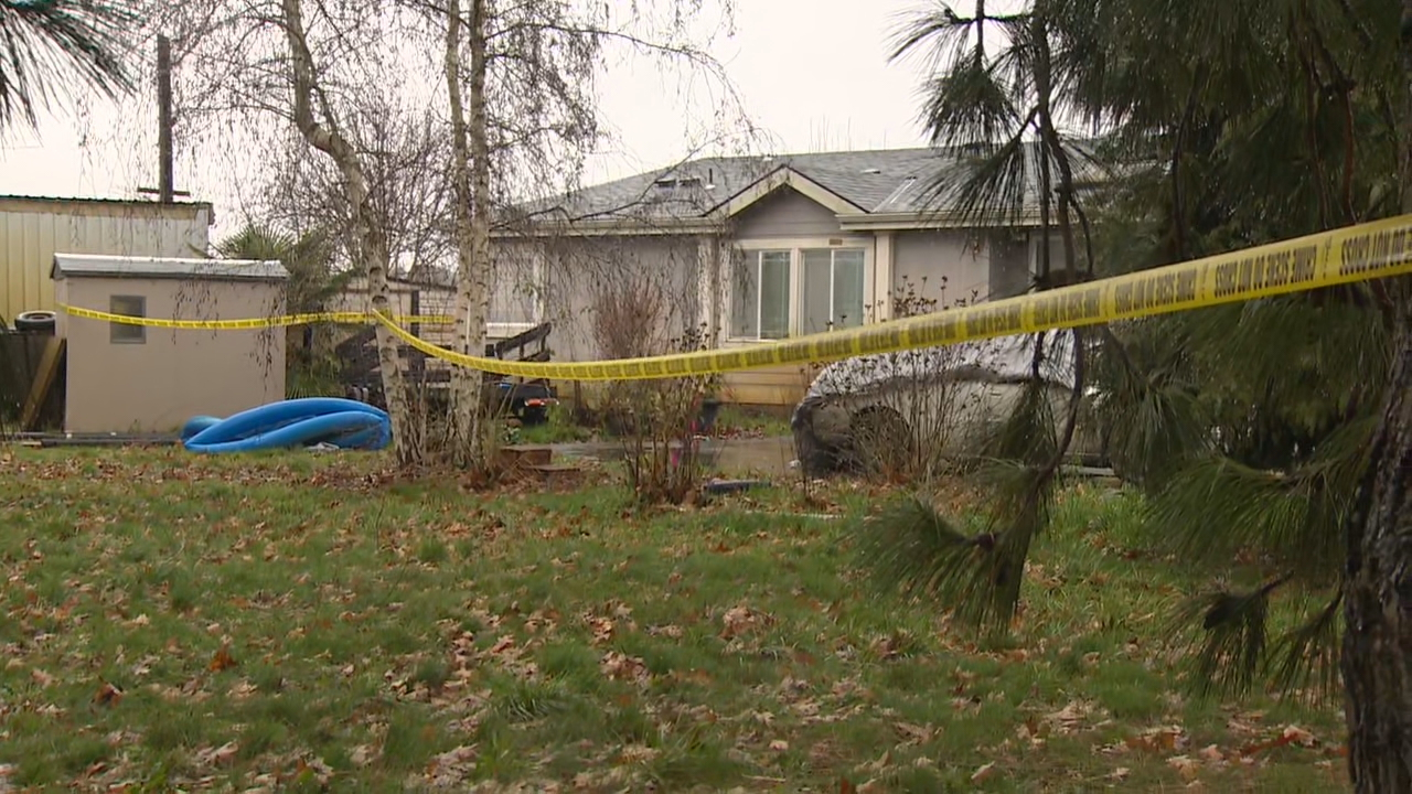 Suspect shot after quadruple homicide - KATU image