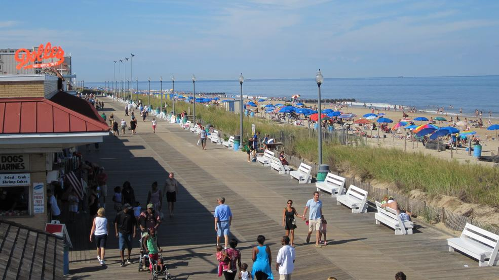 Rehoboth Beach Boardwalk_Credit VisitDelaware.com.JPG