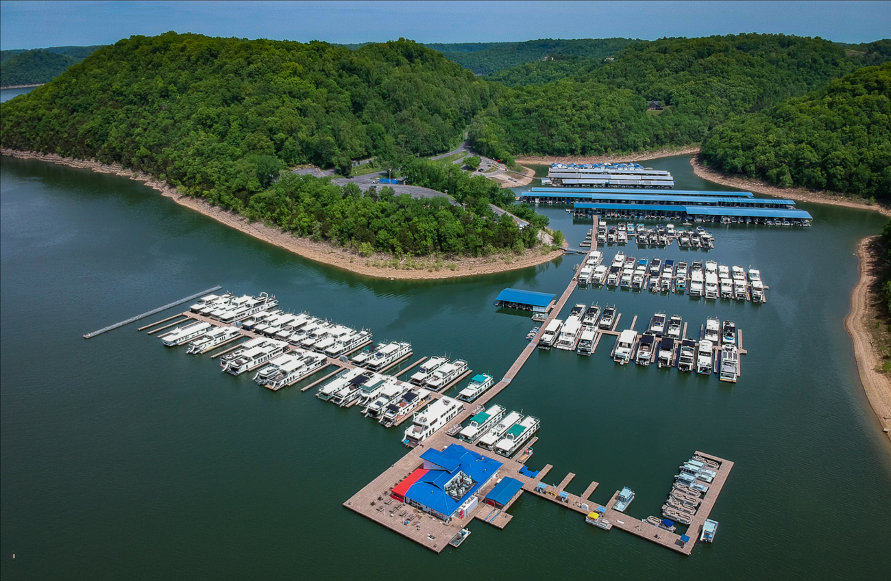 Head south to Center Hill Lake; it's a man-made reservoir in the hills of Tennessee that features 415 miles of shoreline and 18,220 acres where you can boat, fish, camp, and enjoy myriad other outdoor activities. Center Hill Lake has traditional hotels and motels, B&Bs, camping, cabin rentals, and houseboat rentals from Hurricane Marina. Every houseboat from Hurricane Marina includes instructions on how to maneuver it on the water. (The folks at Hurricane Marina promise you'll be a pro in about a half-hour.) Everything you need is also included, from bedsheets and coffee-makers to lounge chairs and refrigerators, and beyond. All you have to bring is your own food and beverage, your fishing license if you want to fish, and entertainment. / Image courtesy of Hurricane Marina // Published: 8.9.19