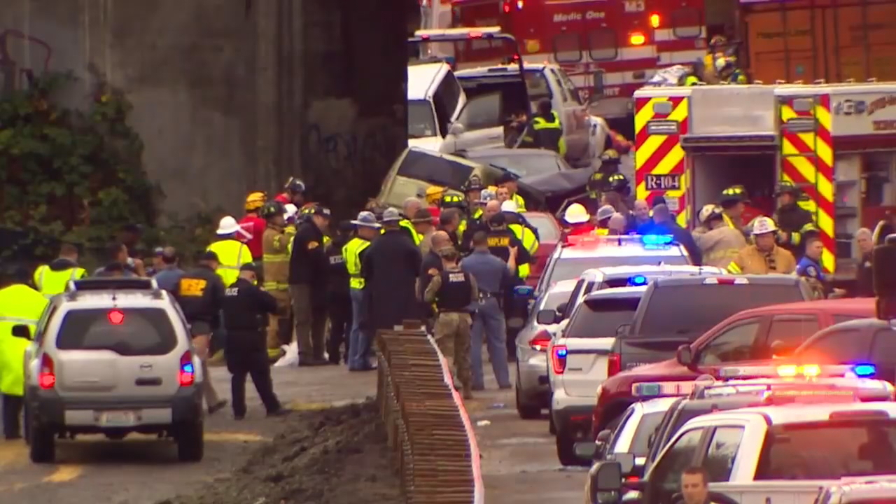 'Everybody was coming together to help,' says soldier who helped victims of train crash (KOMO News)
