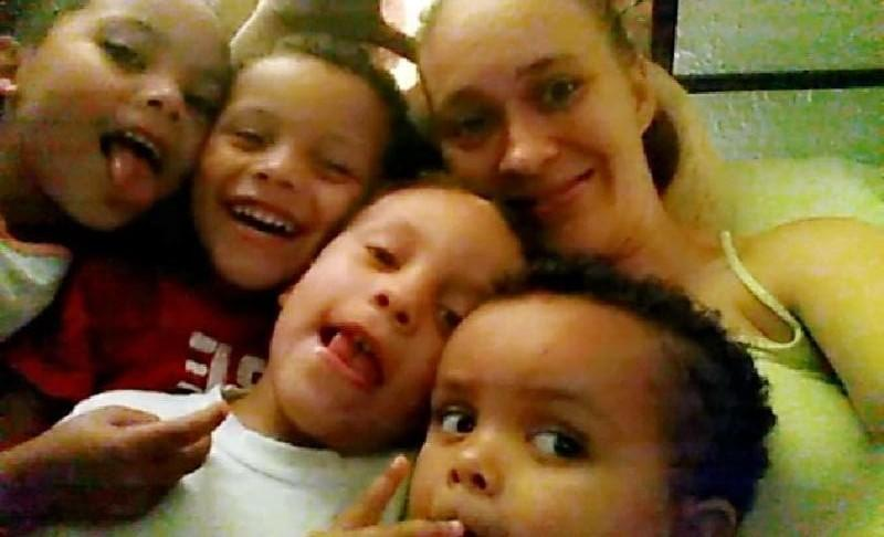 <p>Everyone is invited to participate in a silent auction Saturday to benefit the family of the mother and five children killed in a house fire in Silsbee earlier this week.</p>