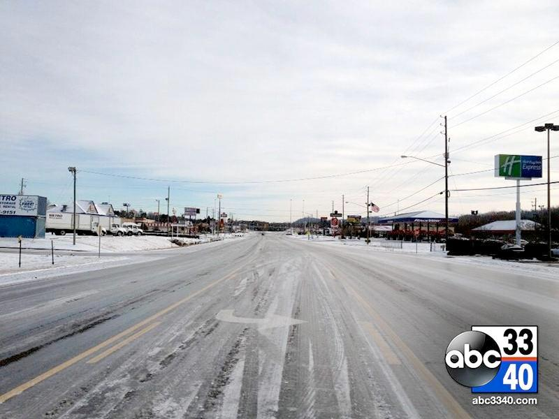 Highway 119 in Pelham is mostly abandoned Wednesday, January 29, 2014,as many roads in Alabama became too dangerous and impassable following Tuesday's winter storm.