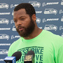Seahawks' Michael Bennett will continue to sit for national anthem