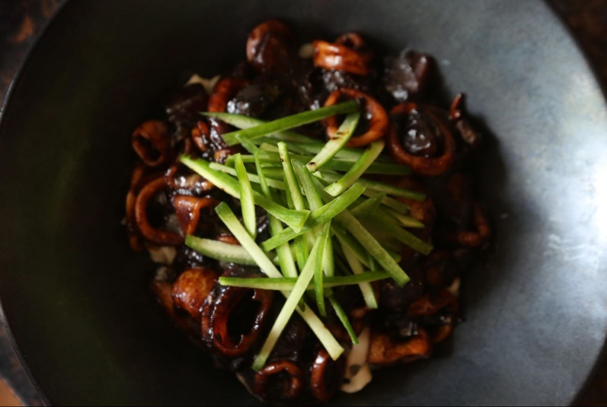 Danny Lee and his kitchen crew at Mandu have chowed down on pastas, pastries and charcuterie from Osteria Morini, whose team received an epic spread of Korean barbecue, japchae, kimchi fried rice, dumplings, seafood pancakes, and more in return. (Image: Amanda Andrade-Rhoades/ DC Refined)