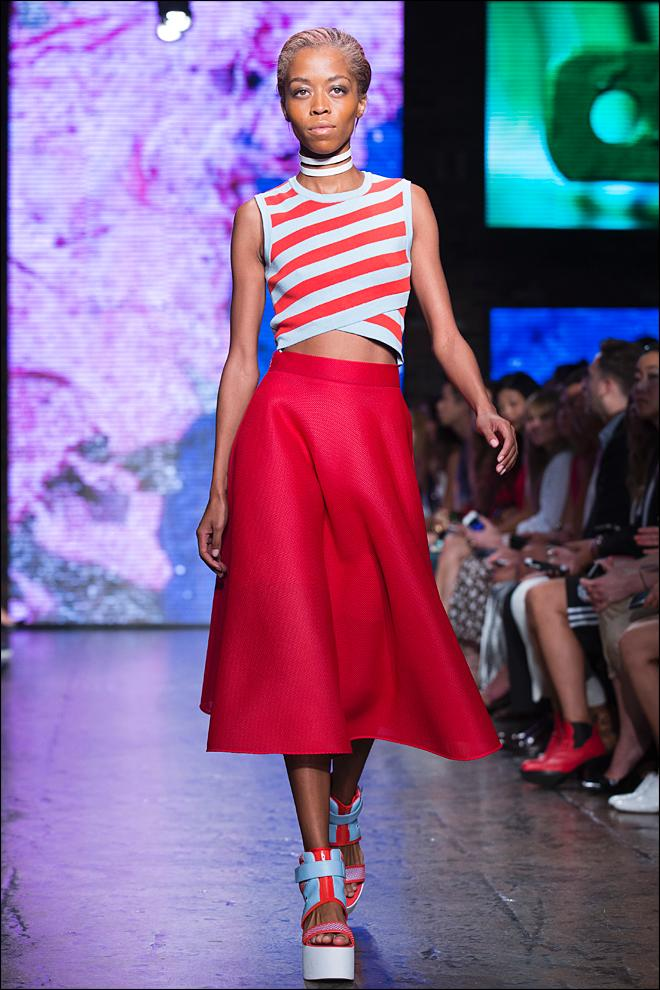 Photos: Bold patterns take stage at NY Fashion Week | KBAK