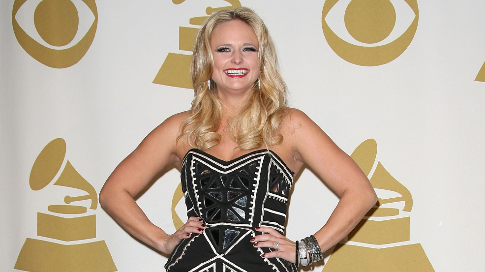 Miranda Lambert to receive first-ever Merle Haggard Award