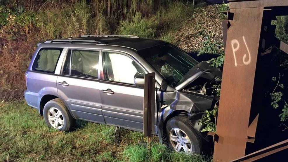 Crash sends 2 to hospital in McCracken Co., KY (Single vehicle crash injures 2 (Source - McCracken County Sheriff's Department)).jpg