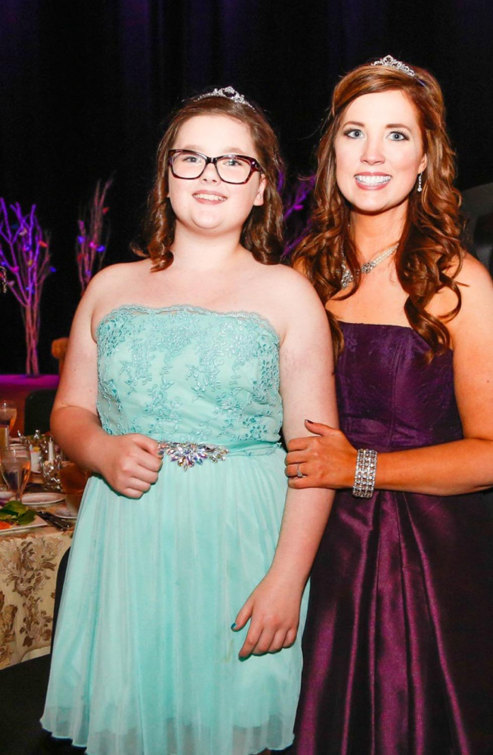 JDRF Executive Director Melissa Newman with daughter Hannah / Image courtesy of JDRF Southwest Ohio