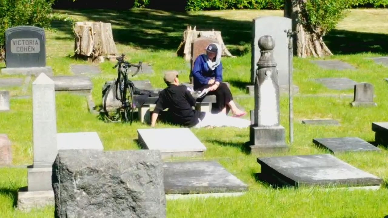 A groundskeeper snapped photos of the couple he claims were having sex on a tombstone at the{ }Sephardic Jewish Cemetery in North Seattle on Tuesday. (Photo:{ }Sephardic Jewish Cemetery)