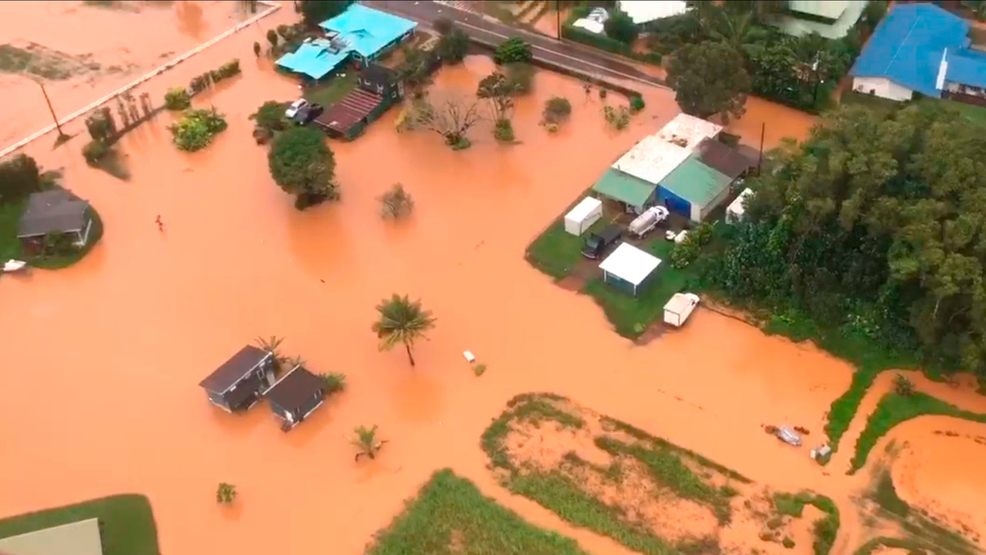 Hawaii may have set national rain record with over 4 feet of rain in a day