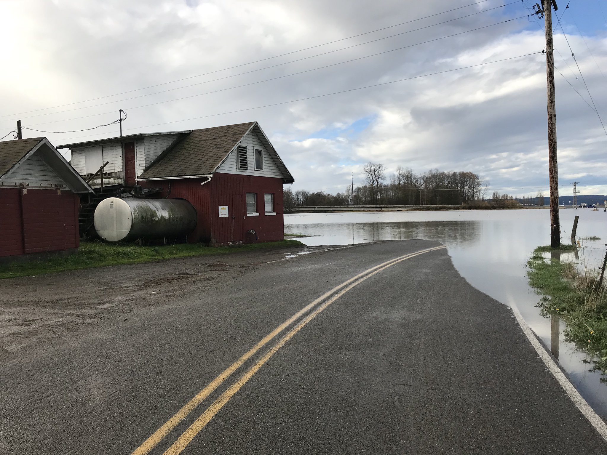 Flood waters covering Norman Rd. in Stanwood (Photo: Benjamin Jurkovich)<p></p>