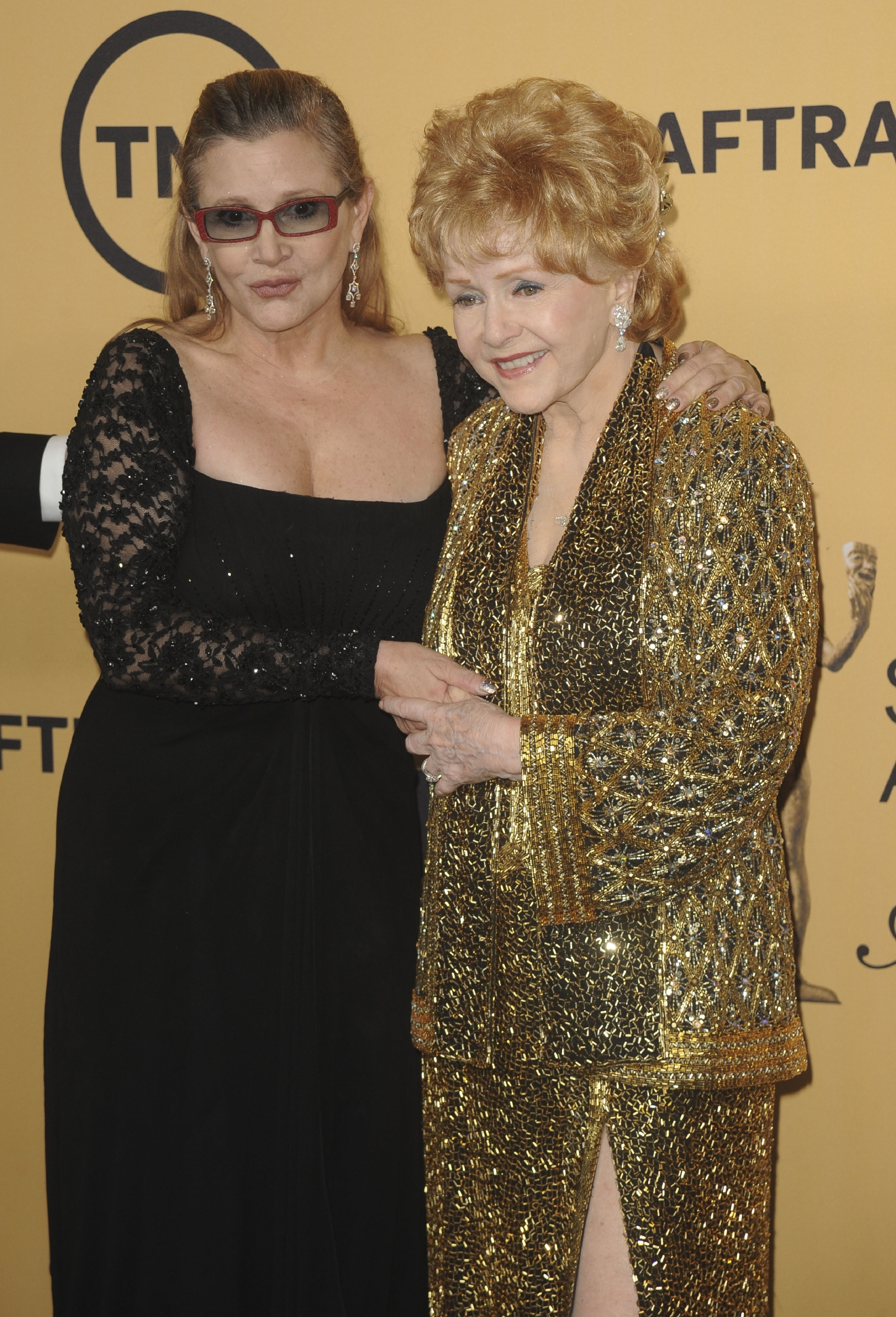 21st Annual Screen Actors Guild Awards Pressroom  Featuring: Debbie Reynolds, Carrie Fisher Where: Los Angeles, California, United States When: 26 Jan 2015 Credit: Apega/WENN.com