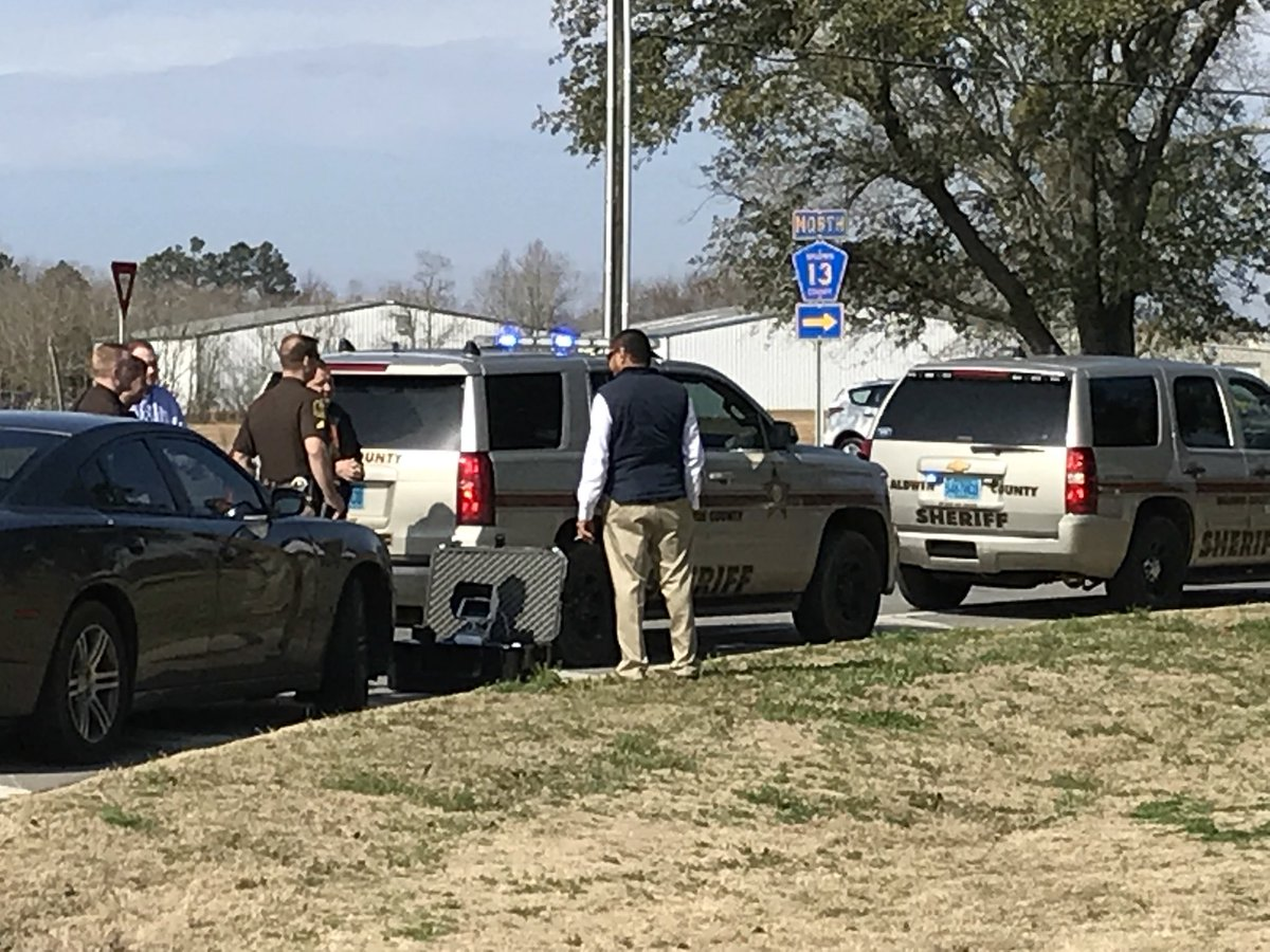 (image: WPMI){ }Sheriffs on scene of homicide outside Daphne