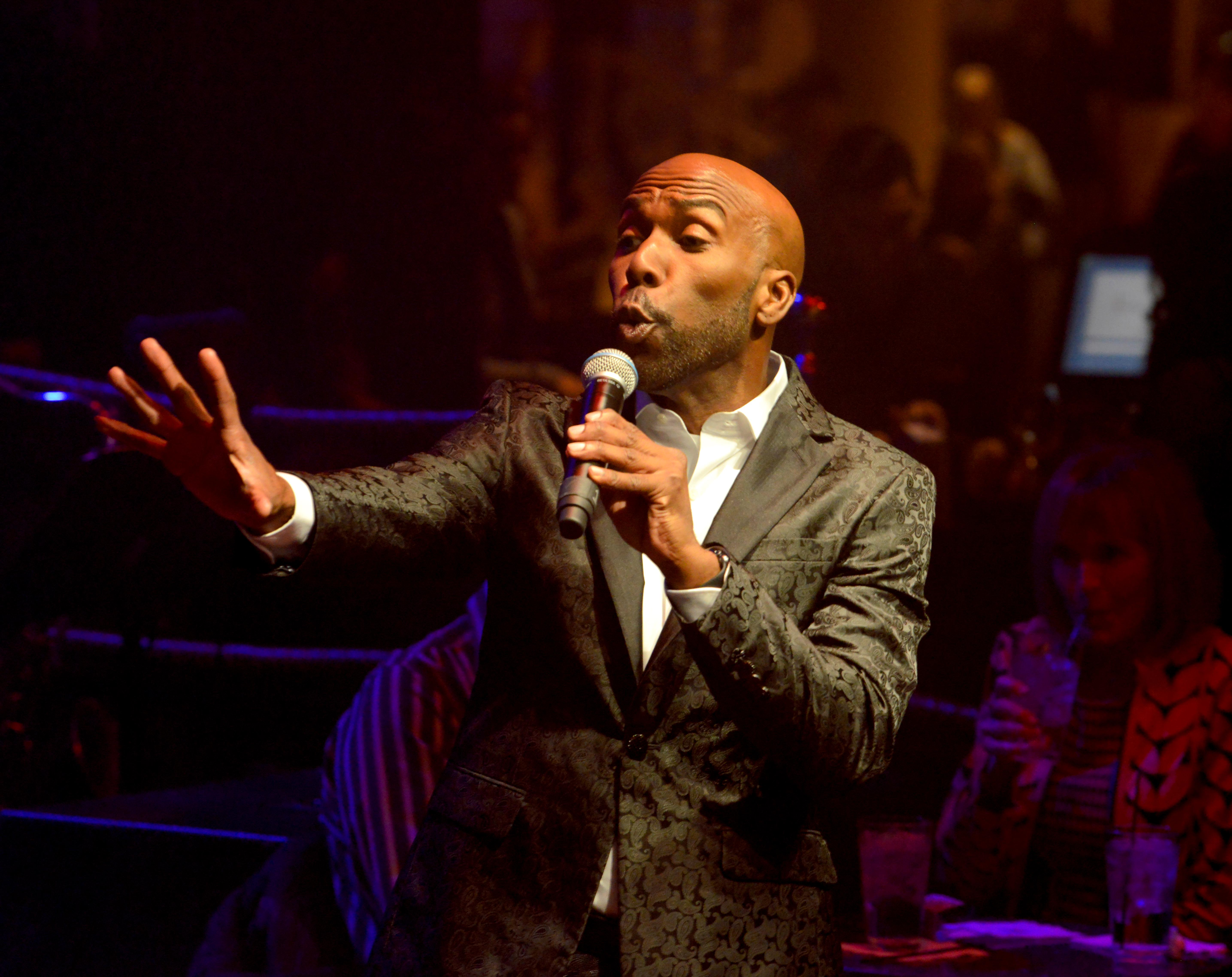 "Eric Jordan Young leads the audience in and out of musical numbers with comedy during the opening night of the musical review ""The Cocktail Cabaret"" at Cleopatra's Barge in Caesars Palace Hotel & Casino. Thursday, November 30, 2017. CREDIT: Glenn Pinkerton/Las Vegas News Bureau"