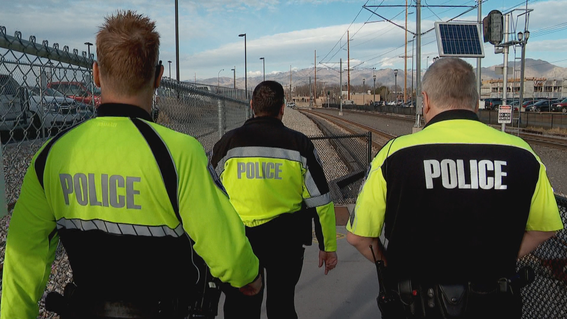 Utah transit cops train to recognize and help riders with autism (Photo: Jeremy Harris, KUTV)