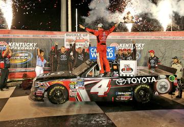 Bell overcomes spin to win NASCAR Truck race at Kentucky