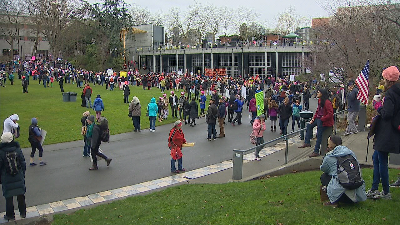 The long line of marchers gathered at Seattle Center. (Photo: KOMO News)
