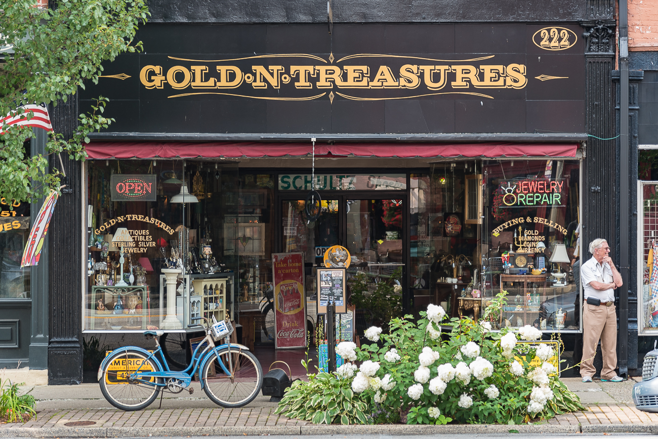 Gold-N-Treasures is an antique boutique along Main Street. ADDRESS: 222 E. Main St. (47250) / Image: Phil Armstrong, Cincinnati Refined // Published: 7.29.17