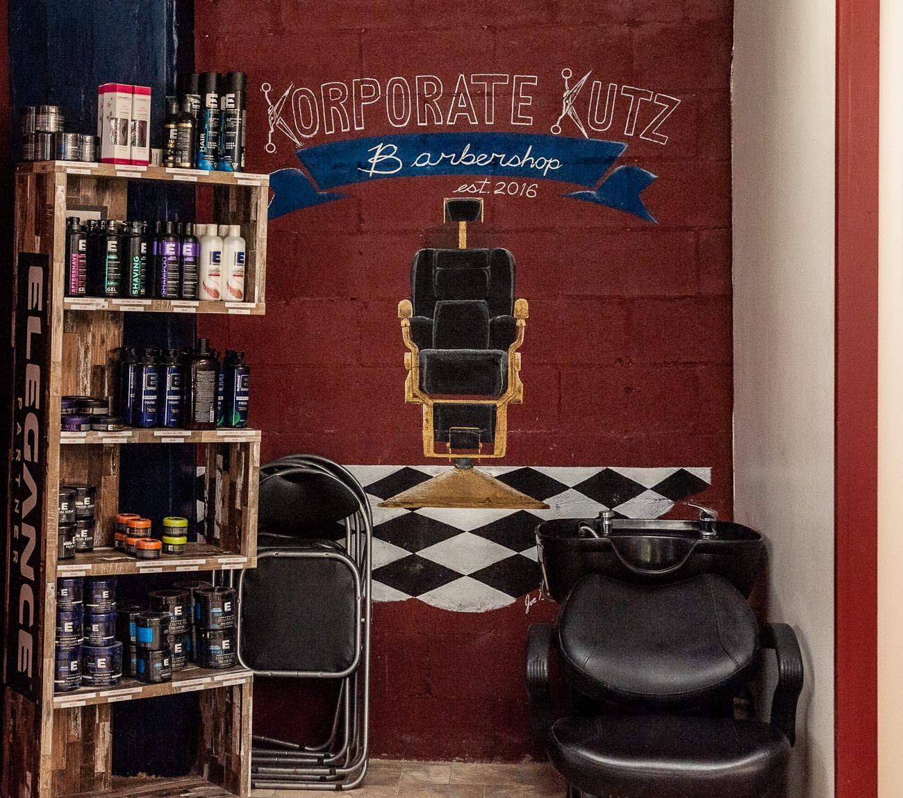 Korporate Kutz is a barbershop Downtown that is designed to provide a premium salon experience at an affordable price. The friendly shop is filled with professional stylists who offer haircut and grooming services such as line ups, designs, shaving, waxing, facials, and more. ADDRESS: 120 E 7th Street (45202) / Image: Kellie Coleman // Published: 7.29.20