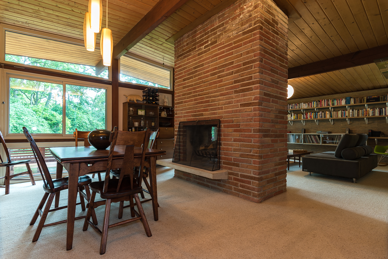 9351 Westbury Drive is a 3-bed, 2-bath house in Springfield Township that was designed by Cincinnati architect Hans Neutzel in 1959. It is on the market for $176,500. / Image: Odessa Mersmann // Published: 7.8.18