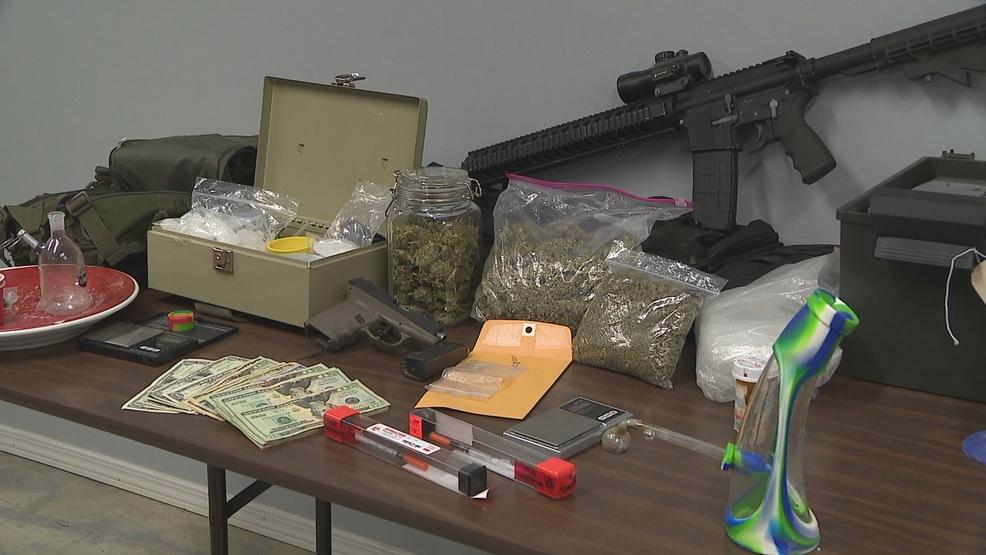 Mayflower police drug bust nabs meth, marijuana, guns, cash   KATV