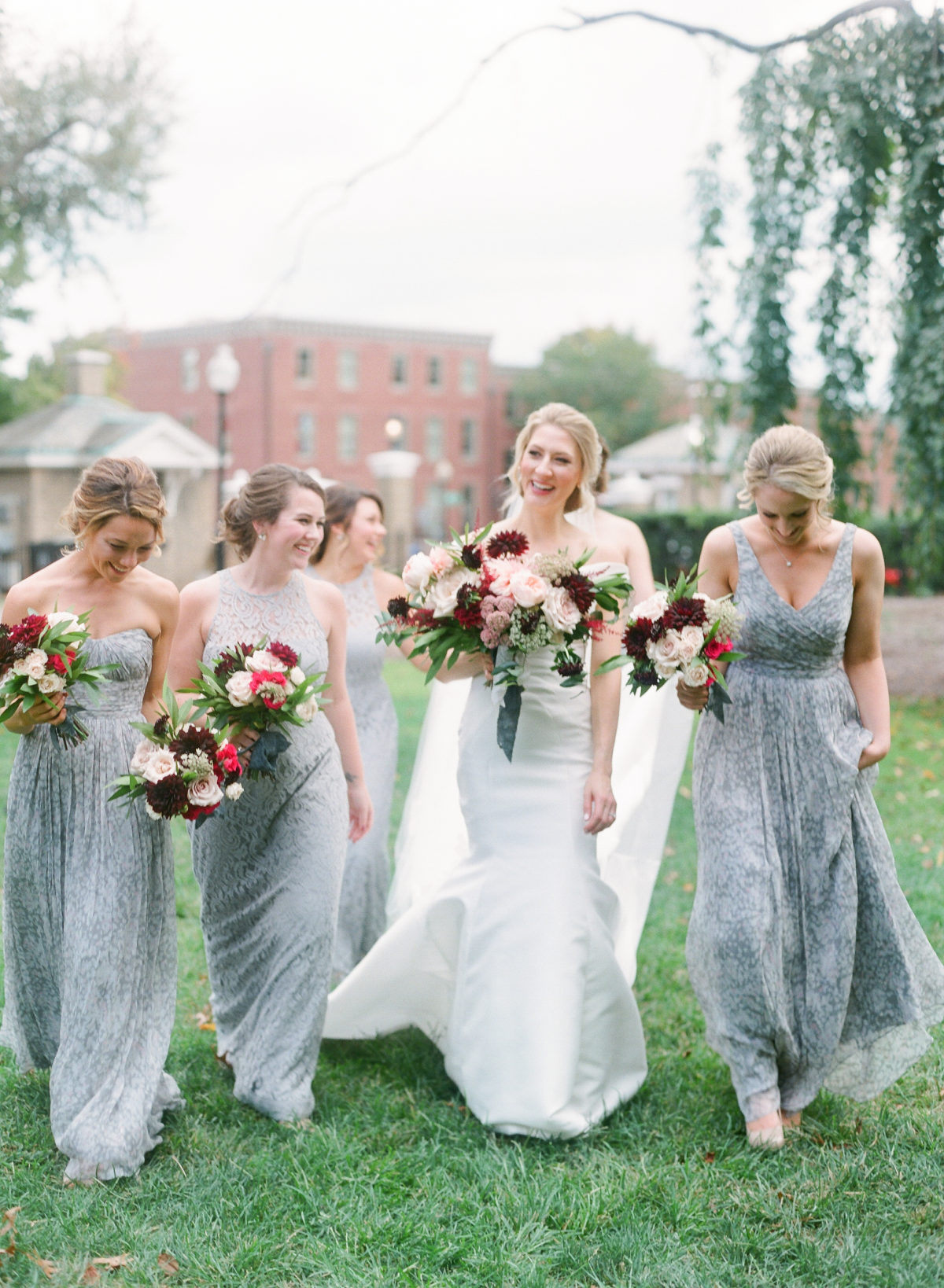 Florals: Sweet Root Village(Image: Abby Grace Photography/ abbygracephotography.com)
