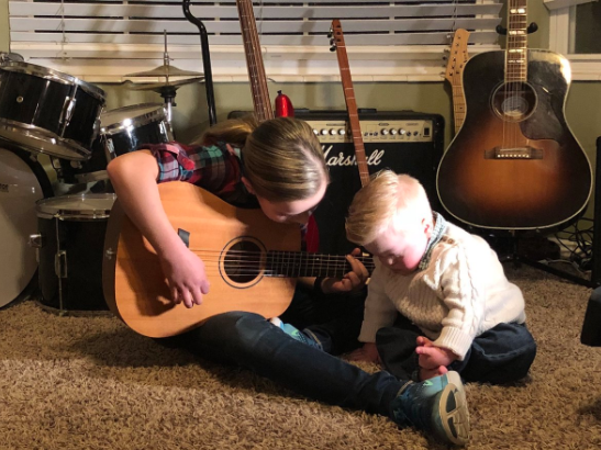 Utah sister singing to brother with down syndrome goes viral{&amp;nbsp;} (Photo: KUTV)<p></p>