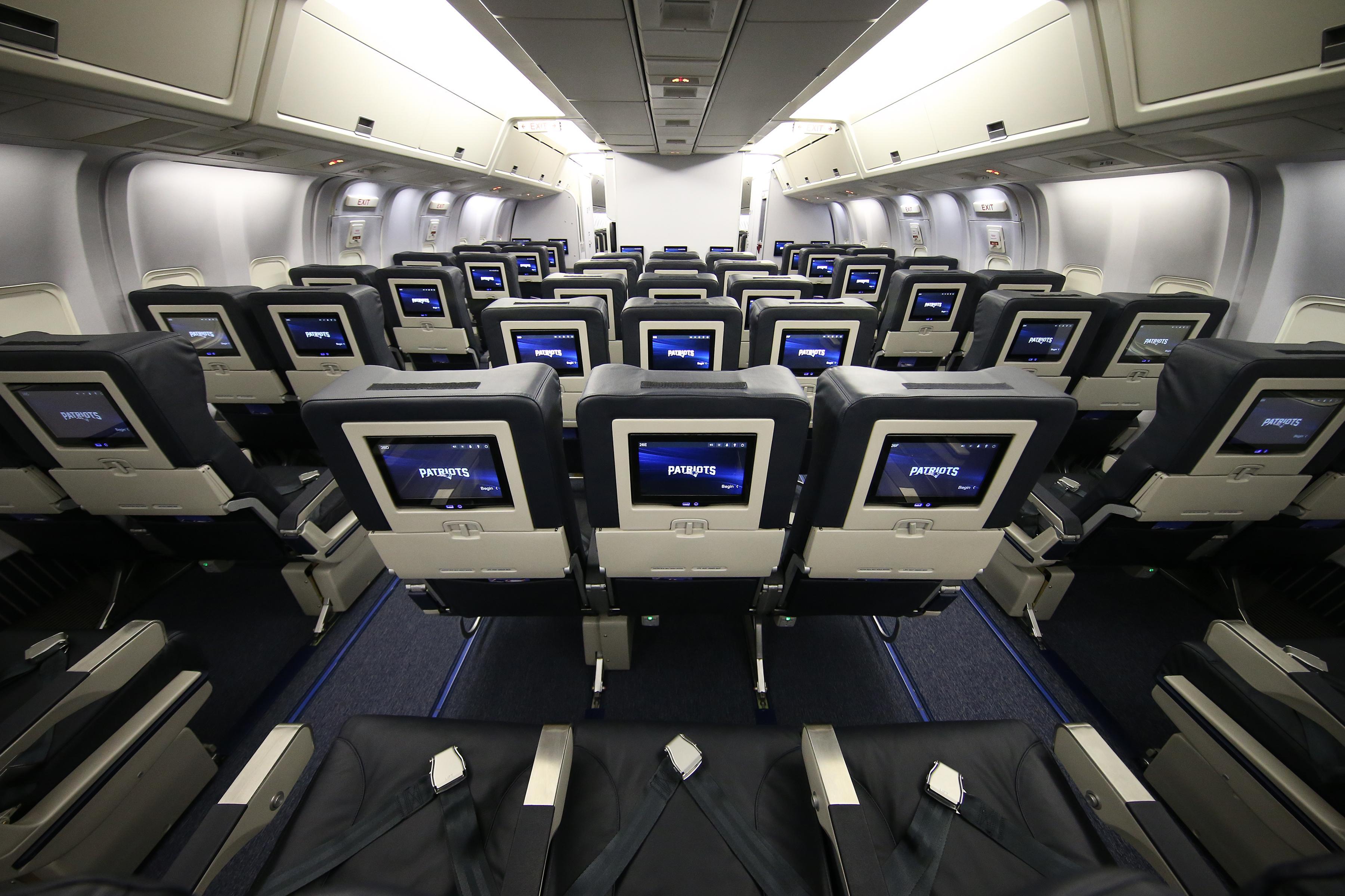 welcome aboard patriots share a peek inside airkraft wjar. Black Bedroom Furniture Sets. Home Design Ideas