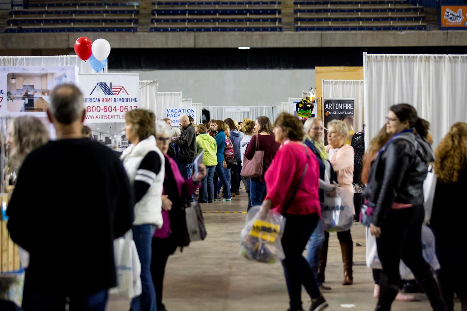 It's Saturday and that means it's the first day of the So Northwest Women's Show at the Tacoma Dome!!! Hundreds of attendees are coming out for the fun, food, and to see celebrity guests like Michelle Stafford of General Hospital, Tony Dovolani and Karina Smirnoff from Dancing with the Stars, and familiar faces from the KOMO TV family. (Sy Bean / Seattle Refined)
