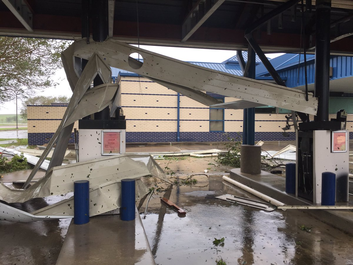 Damage in Victoria, Texas (Jordann Lucero /KOKH)